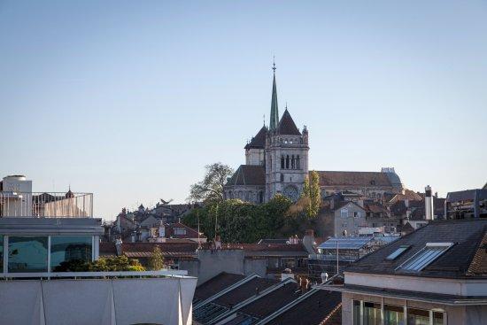 Hotel Metropole Geneve Photo