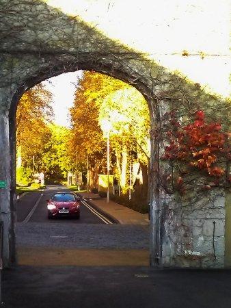 Warner Leisure Hotels Bodelwyddan Castle Historic Hotel: Main entrance