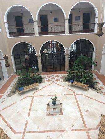 Mediocre Hotel Merida