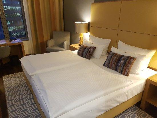 Ameron Hotel Regent In Koln