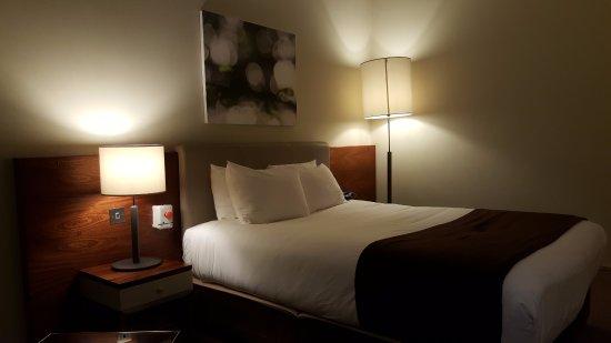 Croydon Park Hotel: Our bedroom