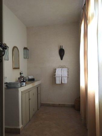 Palais Oumensour: Terrace bedroom and bathroom