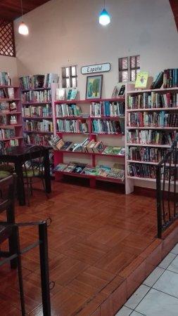 Atenas, Costa Rica: todos los libros  que  puede encontrar