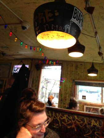 Victor's 1959 Cafe : Very eclectic decor.