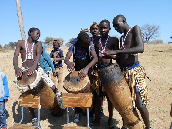 Rundu, Namibia: local school drummers