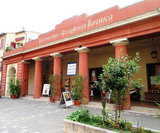 Ufficio Informazione e Accoglienza Turistica
