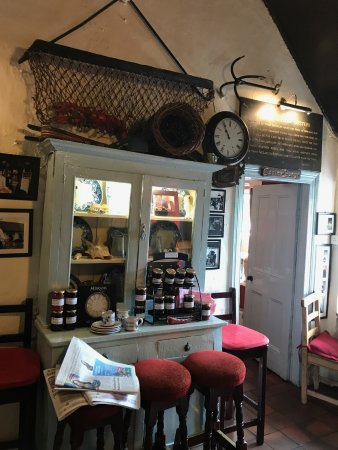 Morans Oyster Cottage: Interiors: The best jam and bread ever!