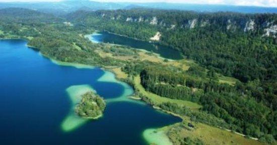 La Chaux-du-Dombief, Francja: Les quatre lacs