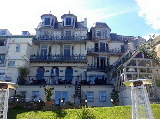 The tree house hotel ilfracombe specialty hotel for Specialty hotels