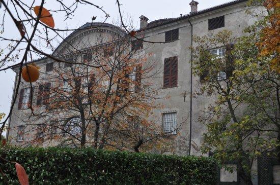 Рокка-Гримальда, Италия: Facade