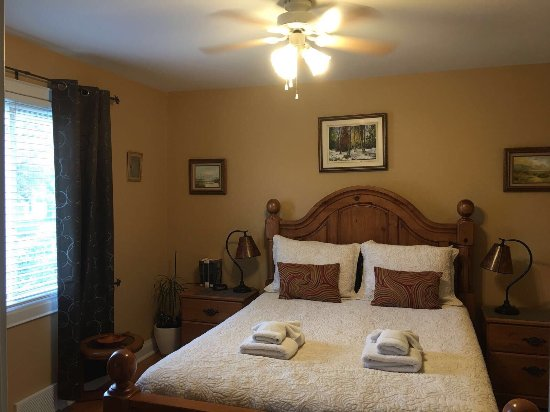 Williams Gate Bed and Breakfast Private Suites: photo2.jpg