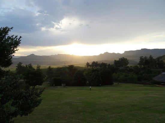 uKhahlamba-Drakensberg Park, South Africa: DSC07885_large.jpg