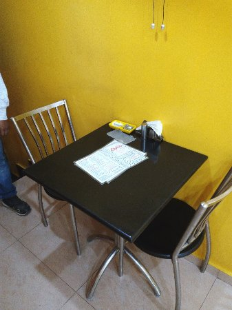 Dillu0027s Chawla Chik Inn: Small, Neat And Clean