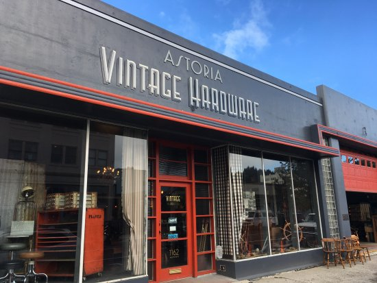 Astoria Vintage Hardware