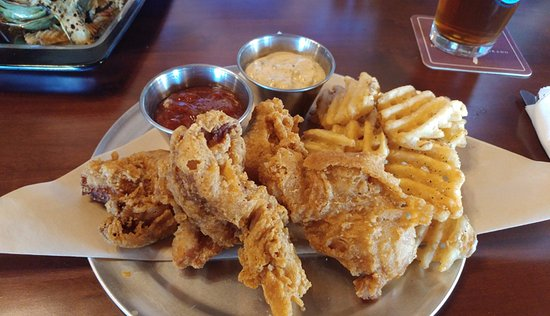 Delta, CO: Pig and chips - great sauces