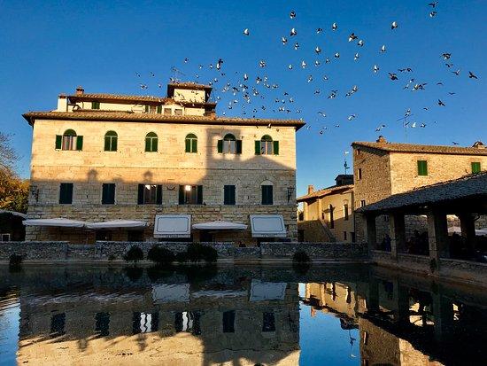 Picture of terme bagno vignoni bagno vignoni tripadvisor - Bagno vignoni tripadvisor ...