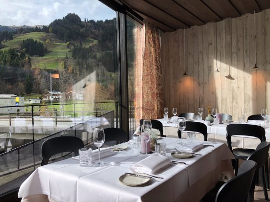 Aurach bei Kitzbuehel, Австрия: Im Restaurant