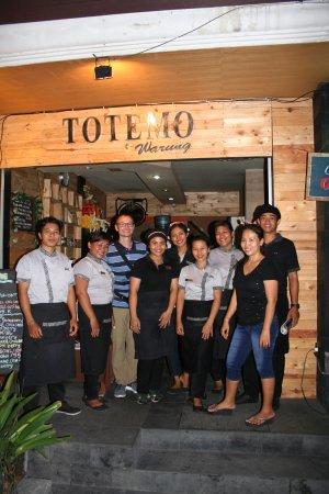 Warung Totemo : Totemo team