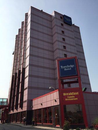 Travelodge Niagara Falls Hotel by the Falls: Travelodge Niagara.