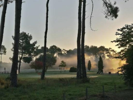 Residence Odalys Les Greens du Bassin: Photo du golf de Gujan Mestras