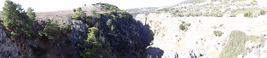 Aradena, Hellas: Die Brücke
