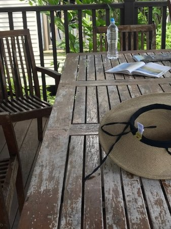 Tropical Waters: Deck table