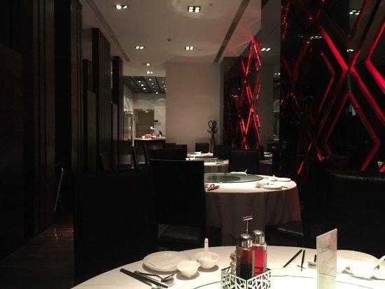 LYNN Modern Shanghai Cuisine - Shimen Er Lu (Shimen Second ...