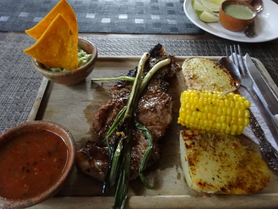 La Casa de las Sopas: Grilled steak.