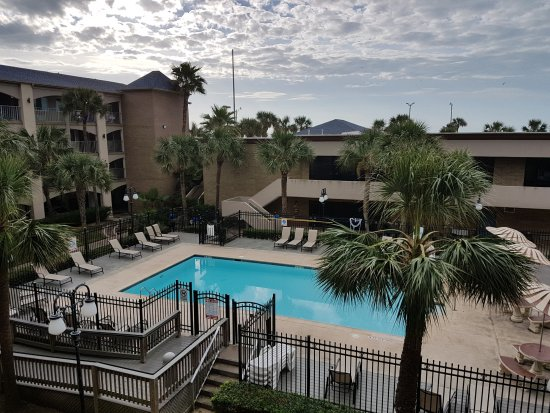 Red Roof Inn Galveston   Beachfront/Convention Center Photo