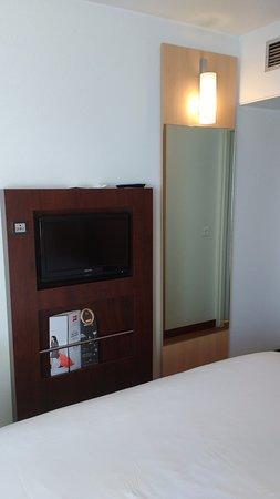 Hotel Ibis Lisboa Jose Malhoa Photo