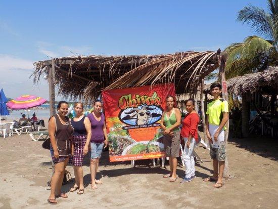 Isla de la Piedra, Meksiko: el equipo de restaurant. the restaurant team.
