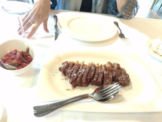 Gordexola, España: carne con pimientos