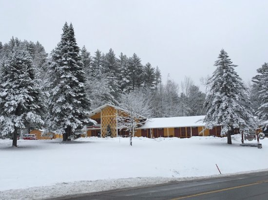 Londonderry, VT: Snowdon Chalet Winter 2017