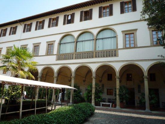 Patio interior y jardín - Foto di Hotel & Residence Palazzo Ricasoli, Firenze - Tripadvisor