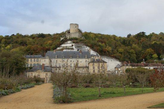 La Roche-Guyon, Francja: vue du jardin