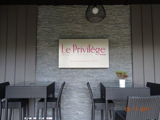 Le Privilege Picture