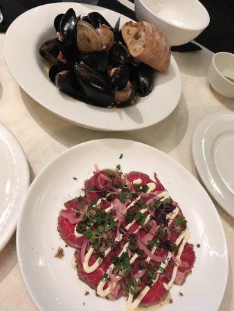 On The Inlet: 2ieme repas avec réservation pour un samedi : rillettes de barramundi, moules et carpaccio. il n