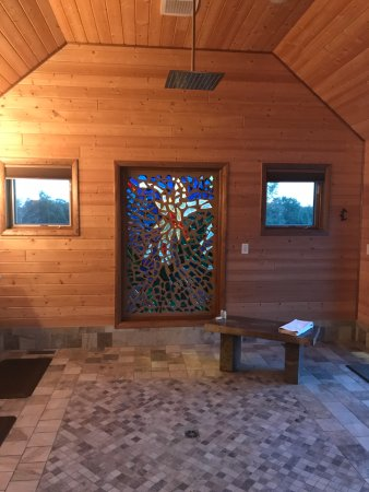New Plymouth, Ohio: Shower room in The Observatory