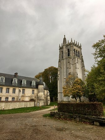 Abbey of Bec-Hellouin: photo2.jpg