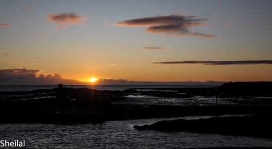 The Bamburgh Castle Inn: Sunrise from the nearby harbour