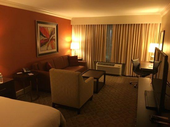 Delta Hotels By Marriott Orlando Lake Buena Vista: Great Arrangement Of  Furniture