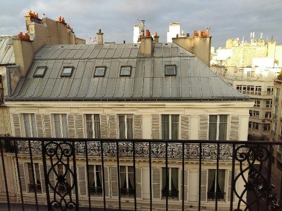 Hotel de l 39 avenir paris france voir les tarifs 41 for Hotel bas prix paris
