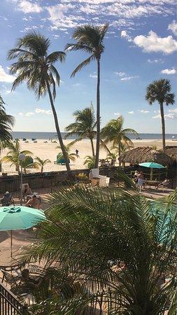 Outrigger Beach Resort: photo0.jpg