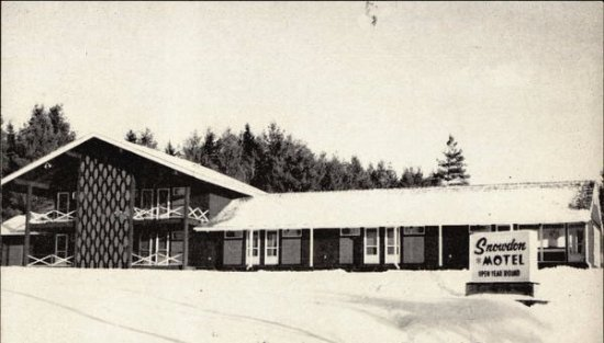 Snowdon Chalet: 1962 Snowdon Motel