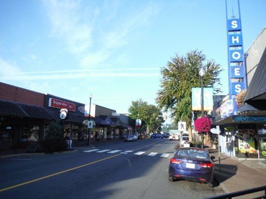 COURTENAY DOWNTOWN STREETS
