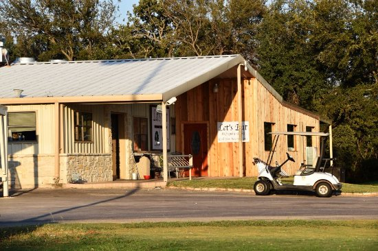 Bluff Dale, TX: The new location at the Hidden Oaks Golf Course, Granbury