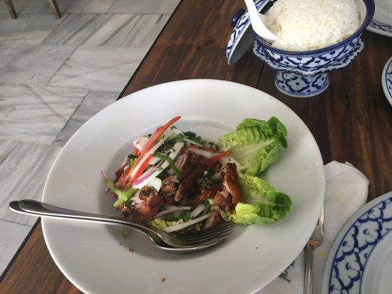 Top thai restaurant nueva andalucia avenida manolete 1 for Andalucia cuisine