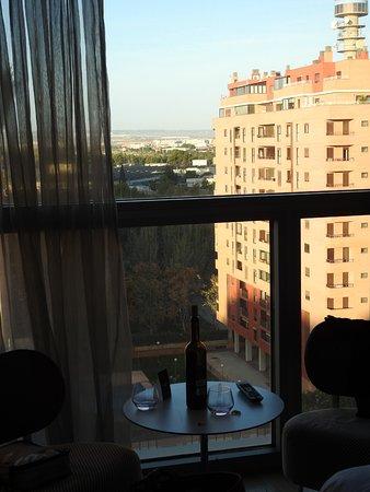 Hotel Reina Petronila: נראה מן הקומה השביעית