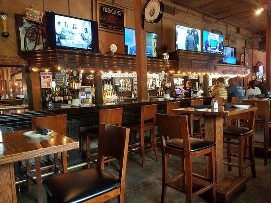 Davidson, NC: Attractive Bar