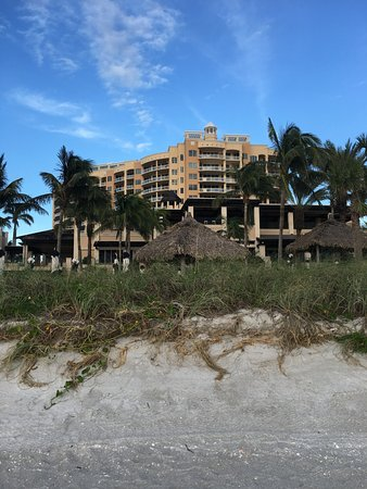 The Ritz-Carlton, Sarasota: the beach club is 3 miles away